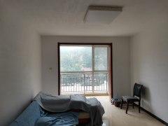 太阳村公寓2室2厅1卫95m²精装修