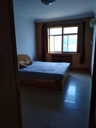 (杨村)平安里3室2厅1卫130m²精装修
