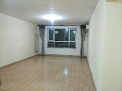 3室2厅2卫155m²