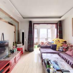 新出特价房 金都花园 2室2厅1卫165万87m² 精装修出售 小区免费停车 光明学校 紧邻城际
