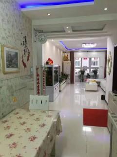 莲胜花园95平米2室精装修特别干净76万急售